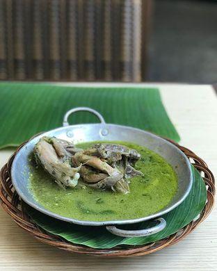 Foto - Makanan di Alas Daun oleh fooddiaryjakarta