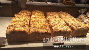 Foto 1 - Makanan di Francis Artisan Bakery oleh Mich Love Eat