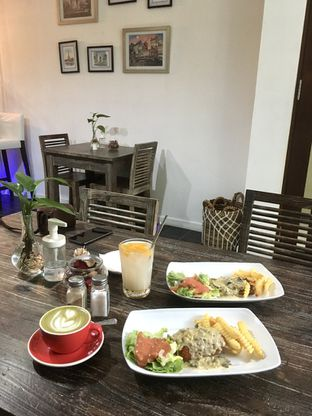 Foto 15 - Makanan di PLUIE Cafe & Resto oleh Prido ZH