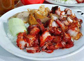 6 Tempat Makan di Cibadak Bandung yang Paling Banyak Diburu