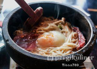 Foto 15 - Makanan(Ishiyaki Wagyu Shabu Shabu Udon) di Enmaru oleh Tissa Kemala