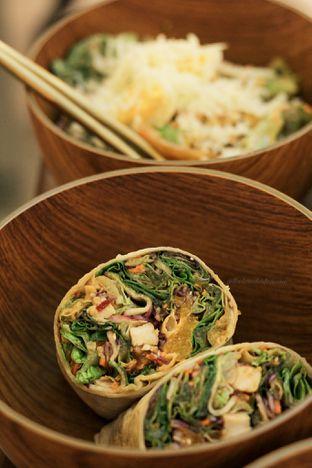 Foto 3 - Makanan di Crunchaus Salads oleh thehandsofcuisine