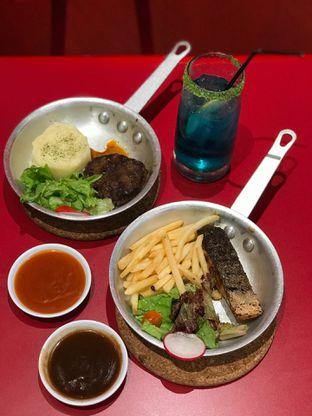 Foto 1 - Makanan di The Real Holysteak oleh yudistira ishak abrar