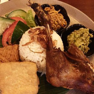 Foto review Adamar Asian Bistro oleh grignothe  11