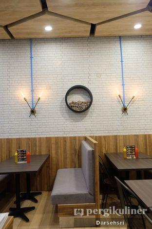 Foto 10 - Interior di iSTEAKu oleh Darsehsri Handayani