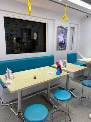Foto 12 - Interior di Chingu Korean Fan Cafe oleh Nadhira Lutfiah