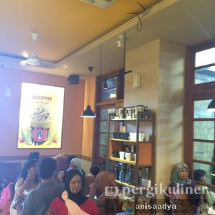 Foto 6 - Interior di J.CO Donuts & Coffee oleh Anisa Adya