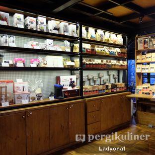 Foto 6 - Interior di Kopi Boutique oleh Ladyonaf @placetogoandeat