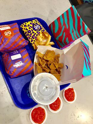 Foto 2 - Makanan di Flip Burger oleh Dewi Tya Aihaningsih