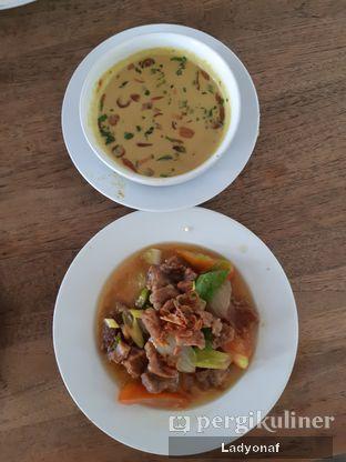 Foto 3 - Makanan di Kedai Soto Ibu Rahayu oleh Ladyonaf @placetogoandeat