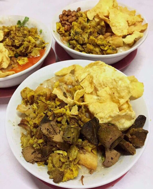 Foto - Makanan di Bubur Ayam Alfa oleh Terkenang Rasa