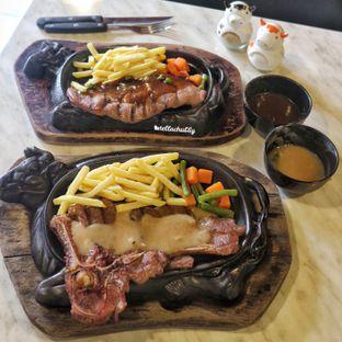 Foto review Djakarta's Steak oleh Stellachubby  1