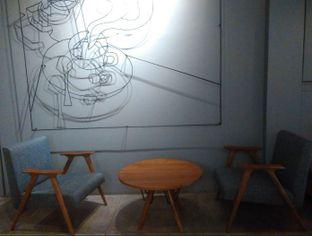 Foto 7 - Interior di Chief Coffee oleh Renodaneswara @caesarinodswr