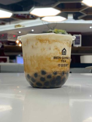 Foto 1 - Makanan(Osmanthus Milk Tea Cheese Brown Sugar Pearl) di Ben Gong's Tea oleh Asni J
