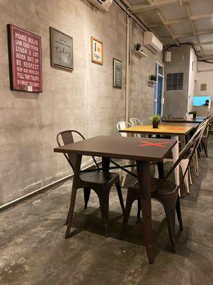 Foto 6 - Interior di Na Coffee Premium oleh Riani Rin