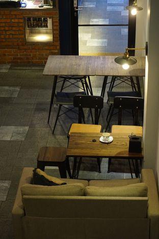 Foto 5 - Interior di KRAH Coffee & Cuisine oleh yudistira ishak abrar