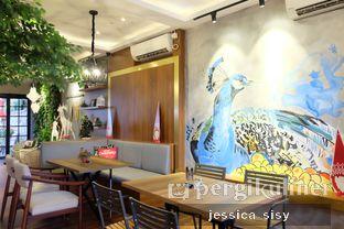 Foto 13 - Interior di De Cafe Rooftop Garden oleh Jessica Sisy