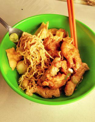Foto 3 - Makanan(Yam Bakmi Seafood (IDR 28k)) di Nasi Gurih Aceng oleh Renodaneswara @caesarinodswr