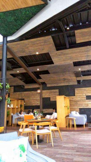 Foto 1 - Interior di Ecology Bistro oleh @makansamaoki
