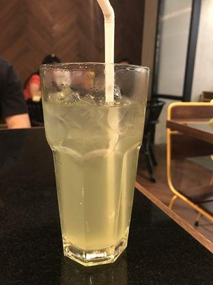 Foto 3 - Makanan(Lemonade) di Holy Smokes oleh Oswin Liandow