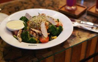 Foto 2 - Makanan di Hummingbird Eatery oleh instagram : kohkuliner