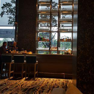 Foto 3 - Interior di Plumeria Lounge - Hotel Grand Mercure Kemayoran oleh IG: FOODIOZ