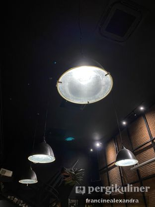 Foto review Lawless Burgerbar oleh Francine Alexandra 5