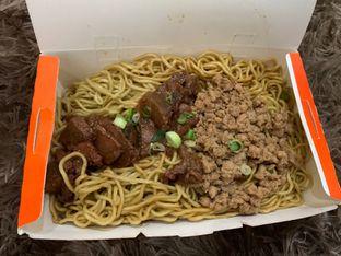 Foto 1 - Makanan di Bakmie Aloi oleh Deasy Lim