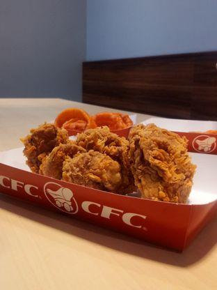Foto 1 - Makanan di CFC oleh Chris Chan