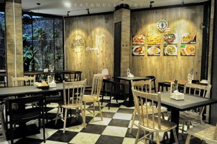 Foto 9 - Interior di Vande One Resto oleh Eat and Leisure