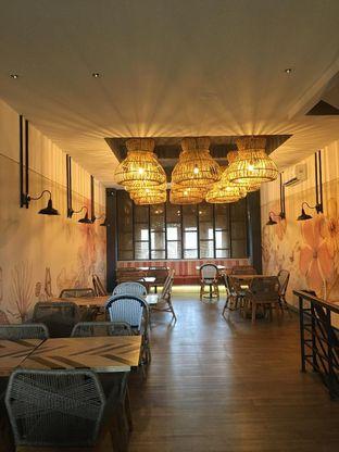 Foto 4 - Interior di Geulis The Authentic Bandung Restaurant oleh Jeljel