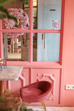 Foto 1 - Interior di Amy and Cake oleh thehandsofcuisine