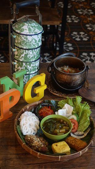 Foto 7 - Makanan di Pojok Nasi Goang oleh Theodora