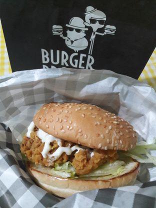 Foto 1 - Makanan di Burger Bros oleh RinRin
