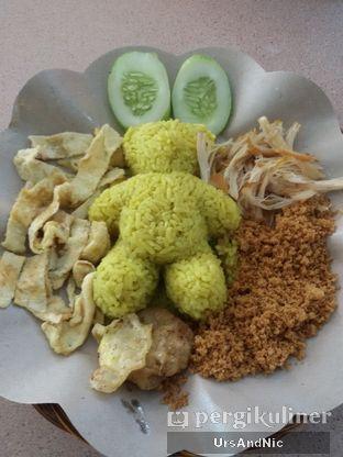 Foto 2 - Makanan di Nasi Kuning Plus - Plus oleh UrsAndNic