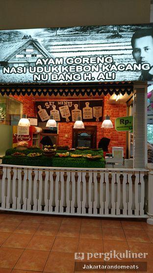Foto review Ayam Goreng Nasi Uduk Kebon Kacang Nu Bang H. Ali oleh Jakartarandomeats 2