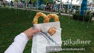 Foto review Auntie Anne's oleh Jakartarandomeats 2
