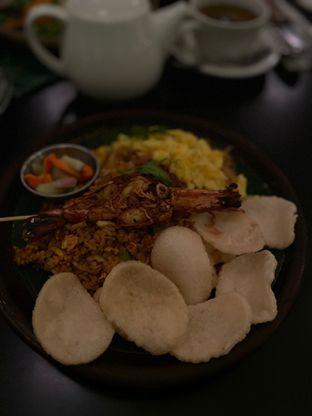 Foto 10 - Makanan(Nasi Goreng Kampung) di Benedict oleh Maria Marcella