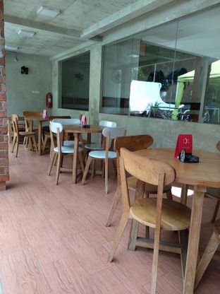 Foto 3 - Interior di Toraja Coffee House oleh Ika Nurhayati