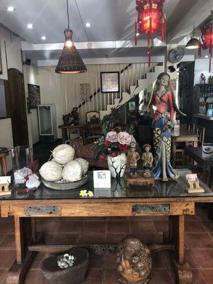 Foto 6 - Interior di Waroeng Kelapa oleh Nanakoot