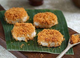 Bikin Gurih, Ini 5 Kuliner Tradisional yang Ada Taburan Serundeng