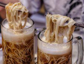 foto Universal Noodle Ichiro Ramen Market