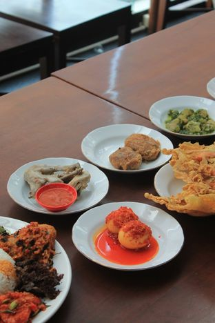 Foto 35 - Makanan di Sepiring Padang oleh Prido ZH