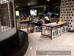 Foto 5 - Eksterior di Waroeng Steak & Shake oleh Prita Hayuning Dias