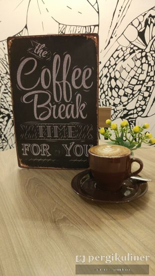 Foto 6 - Interior di Coffee On Fifth oleh Oppa Kuliner (@oppakuliner)