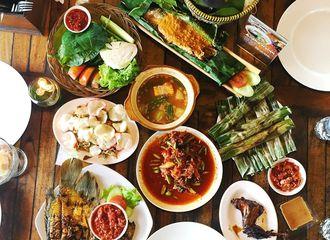14 Tempat Makan Siang di Bogor yang Enak dan Bikin Kenyang Seharian