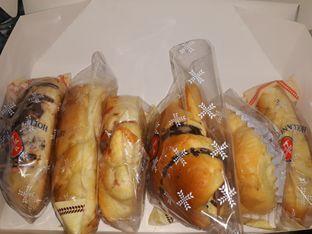 Foto - Makanan di Holland Bakery oleh Mouthgasm.jkt