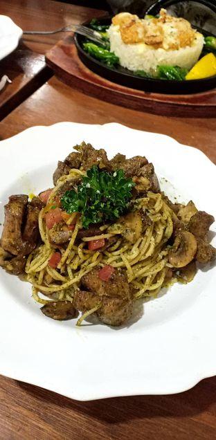 Foto 1 - Makanan(Pesto Spaghetti) di Nanny's Pavillon oleh Vanesha Maria