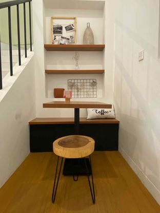 Foto 14 - Interior di Ruach Coffee oleh Levina JV (IG : @levina_eat & @levinajv)