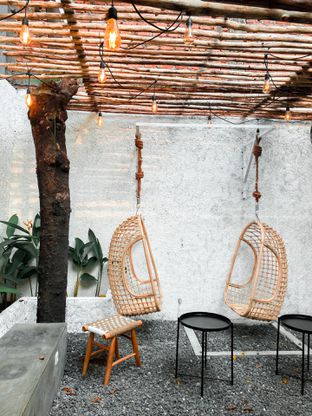 Foto 1 - Interior di Lanell Coffee oleh houseofoodies